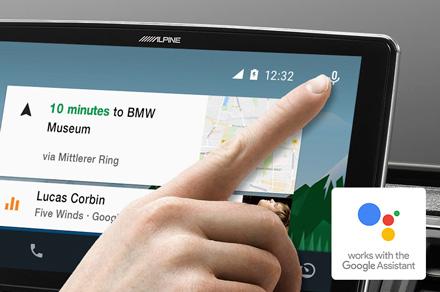 Alpine iLX-F903D - Funziona con l'Assistente Google