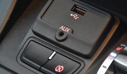 Ripristina gli ingressi USB / AUX originali della vostra Alfa Romeo Giulietta