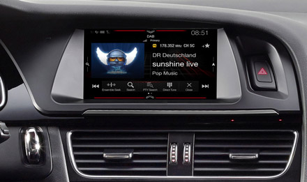 Audi A4 - DAB Digital Radio - X703D-A4