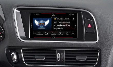 Audi Q5 - DAB Digital Radio - X703D-Q5