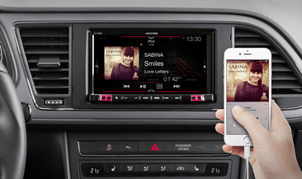 SEAT Leon - Connect Your Smartphone - iLX-702LEON