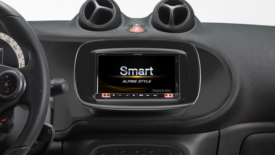 Alpine Style Mobile Media Designed for Smart 453 - iLX-702SM-B